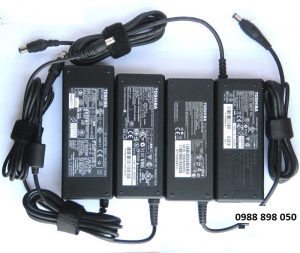 Sạc laptop Toshiba 19v 3.95a hàng zin chính hãng theo máy