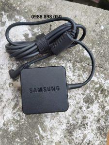 Sạc laptop samsung 12V 2.2A chính hãng