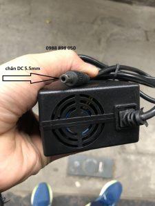 Sạc 42v xe điện dùng pin Lithium 36v chân tròn 5.5mm loại tốt