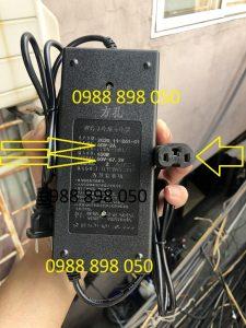 Bộ sạc 67.2v dùng cho xe điện dùng pin lithium 60v 2a loại tốt